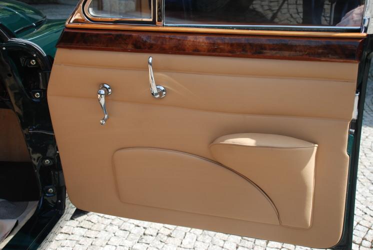 Jaguar MKII 3.8 1960 Detalhe Interior