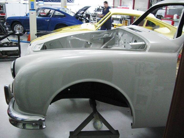 Jaguar MKI 1956 Pearl Grey Frente