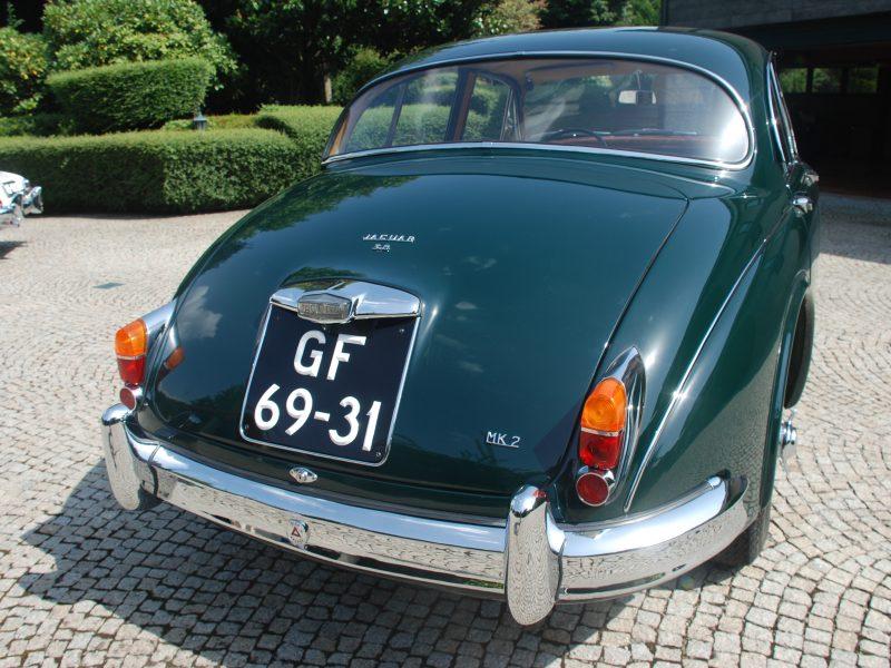 Jaguar MKII 3.8 1960 Traseira