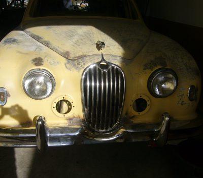 Jaguar MKI 1956 Pearl Grey Front Restoration