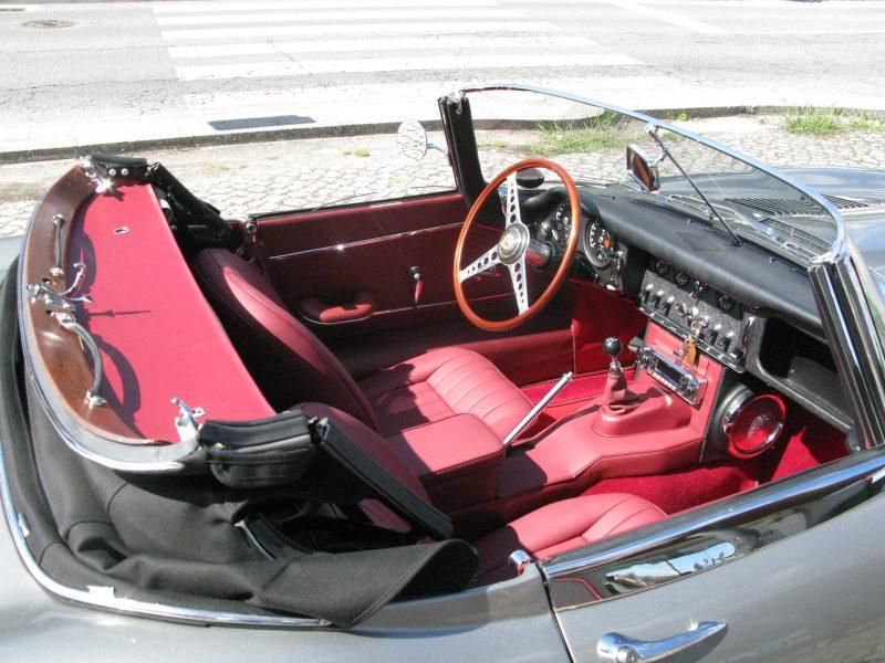 Jaguar E-Type Series I OTS 1965 Opalescent Silver Grey Top