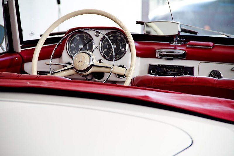 Mercedes 190SL 1960 Interior