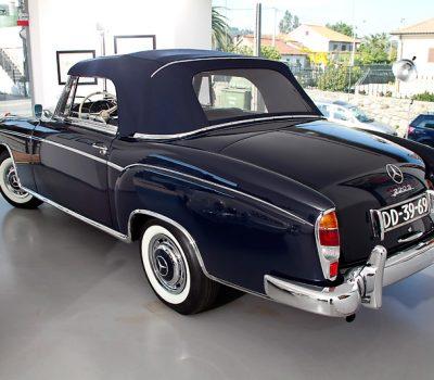 Mercedes-Benz 220S 1957 Exterior