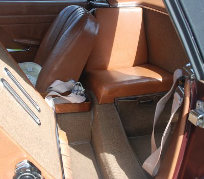 Mercedes-Benz 230SL Pagoda 1965 Bordeaux Back Seats