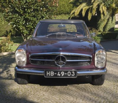 Mercedes-Benz 230SL Pagoda 1965 Bordeaux Front