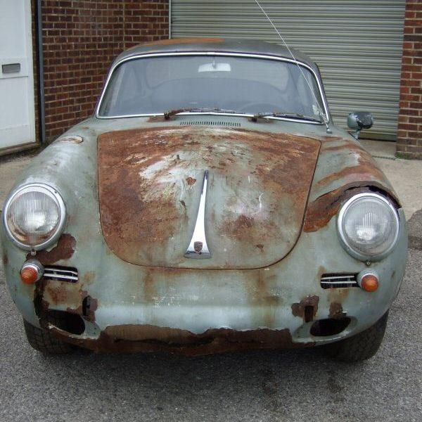 Porsche 356B T6 1962 Damaged Body