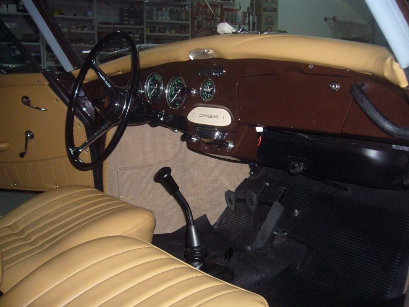 Porsche 356C 1964 Cabrio Interior