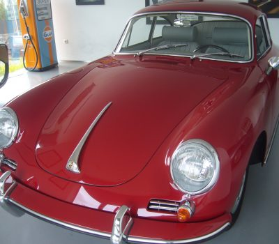 Porsche 356C 1964 Signal Red Front Left