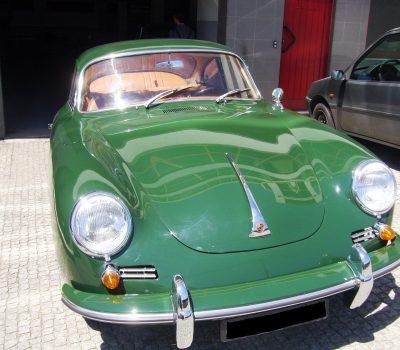 Porsche 356SC 1963 Iris Green Front