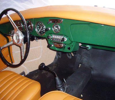 Porsche 356SC 1963 Iris Green Interior