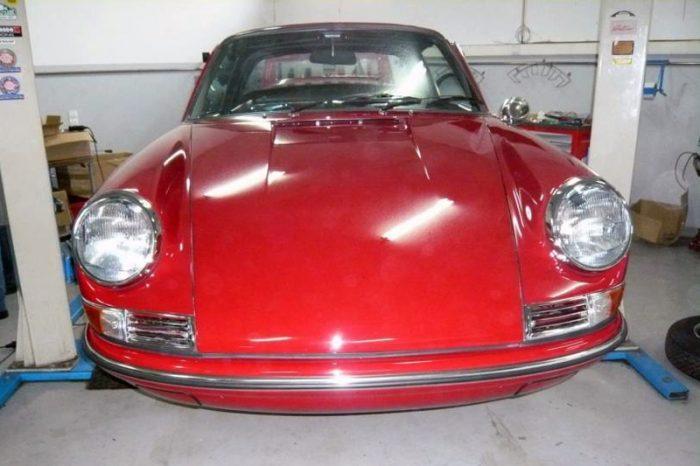 Porsche 911 Targa Soft Window 1968 Red Front