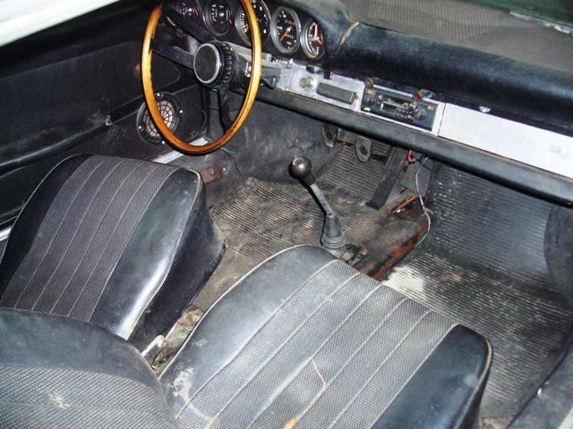 Porsche 911 Targa Soft Window 1968 Red Interior Before