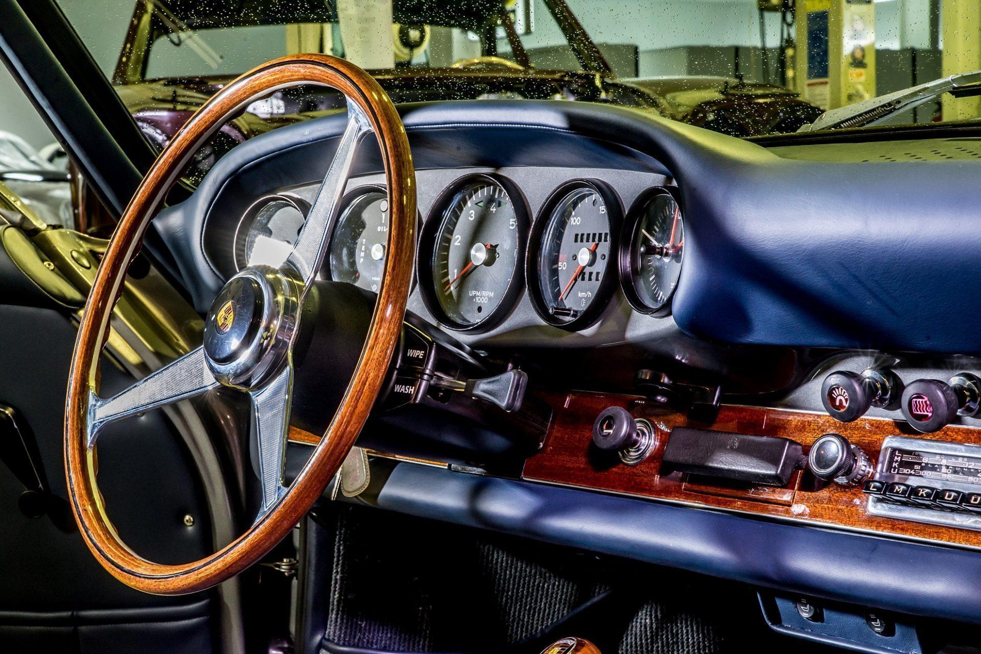 Porsche 912 Blue Interior