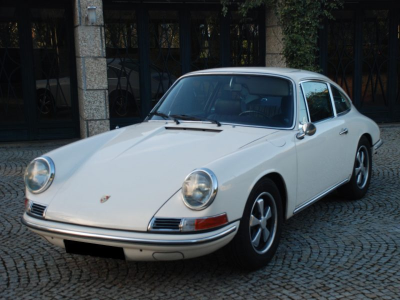 Porsche 912 Karmann Coupé 1968 White Front Left