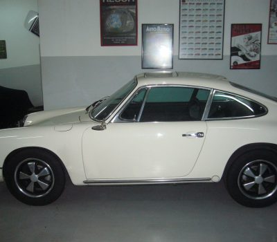 Porsche 912 Karmann Coupé 1968 White Left Side