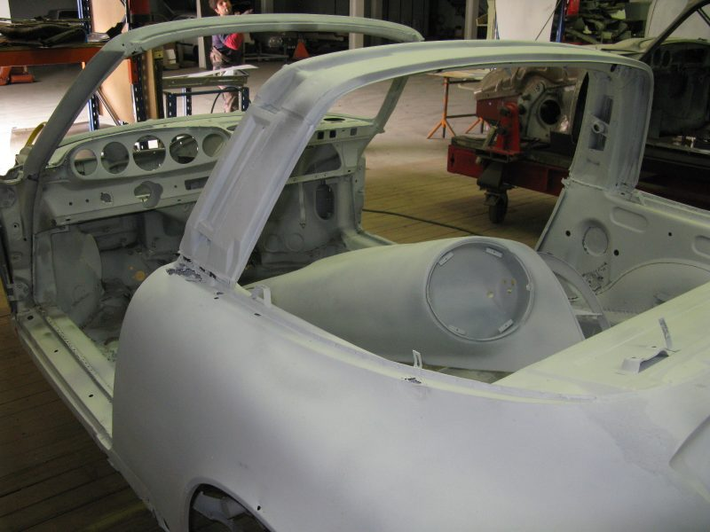 Porsche 912 Targa 1969 Red Body Repair Chassis
