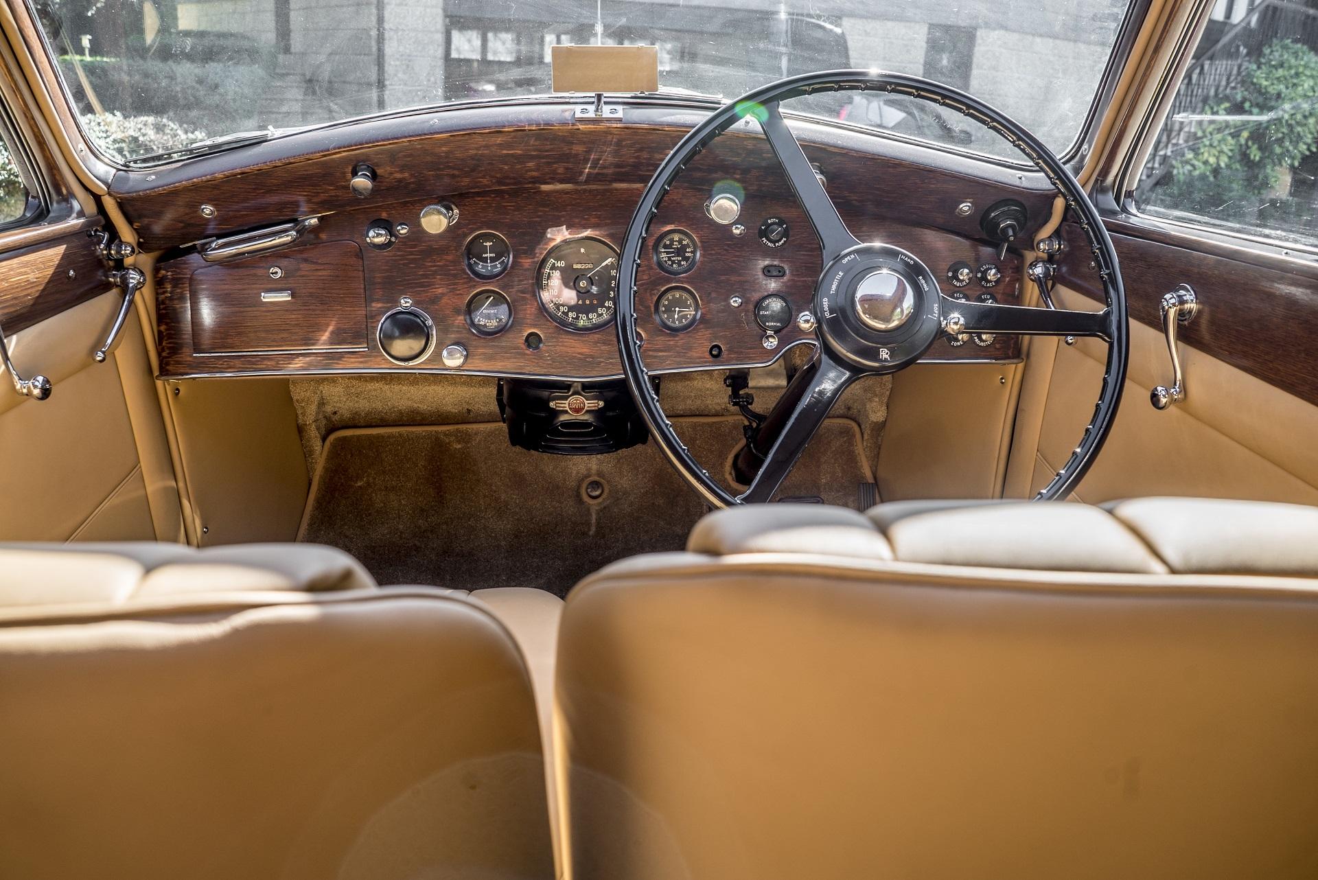 Rolls Royce Wraith 1938 Bordeaux Vintage Cars Boutique