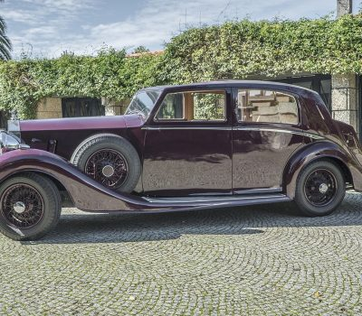 Rolls Royce Wraith 1938 Bordeaux Left Side