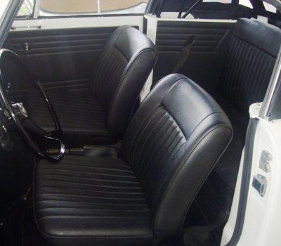 Triumph Herald 1971 White Front Seats