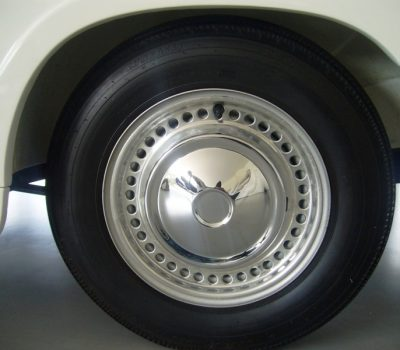 Triumph Herald 1971 White Wheel